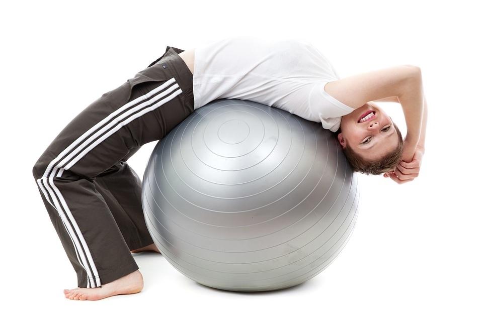 Jakie są zalety ćwiczeń zpiłką gimnastyczną?